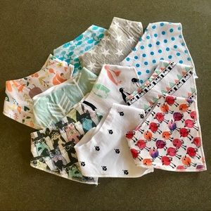 Other - Never Used! 10 pack of Baby bibs!